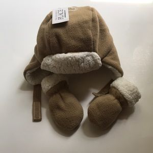 The Children's Place Hat & Mittens